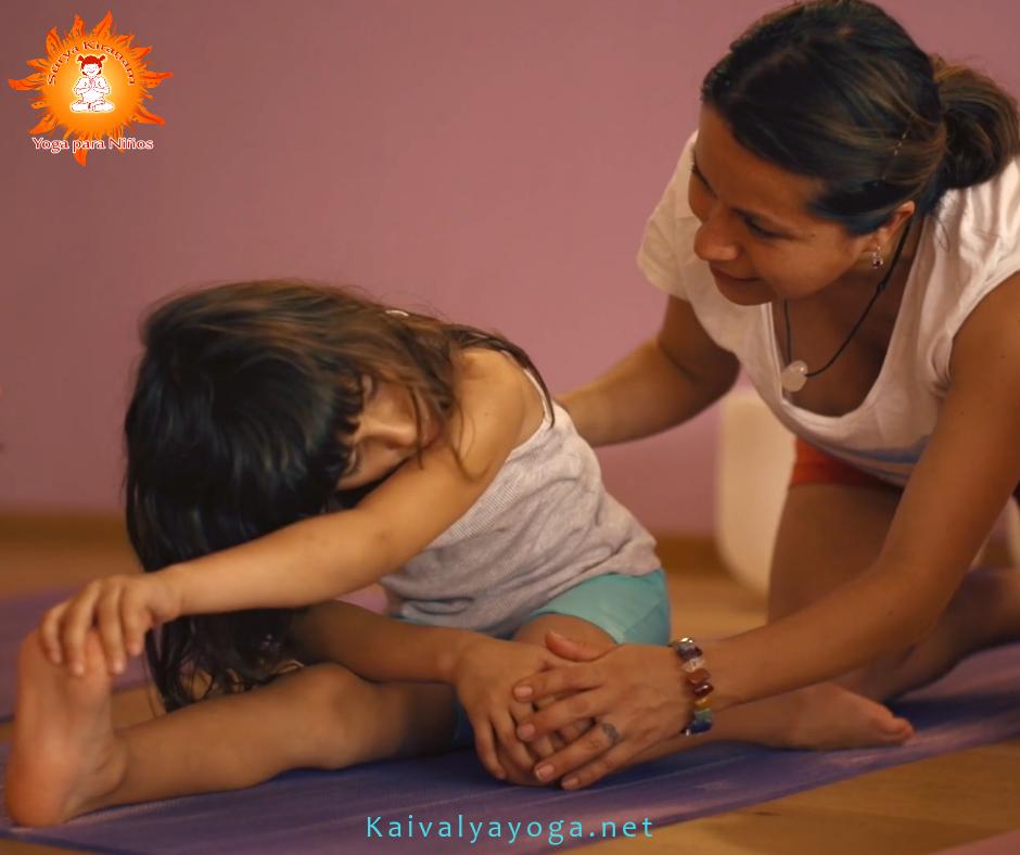 postura yoga para niños en madrid