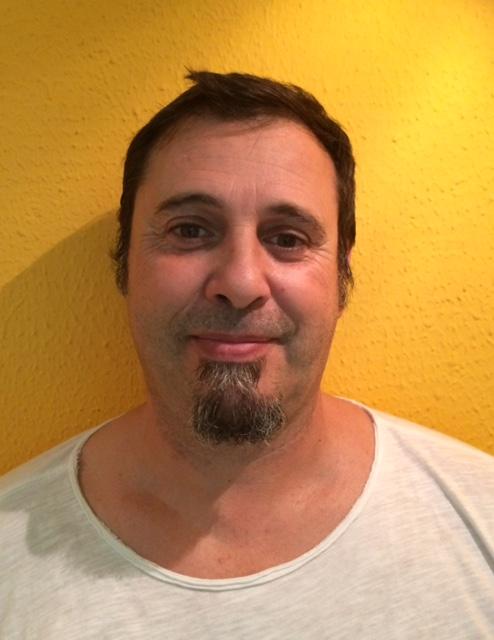antonio pavon profesor de yoga en escuela de yoga kaivalya
