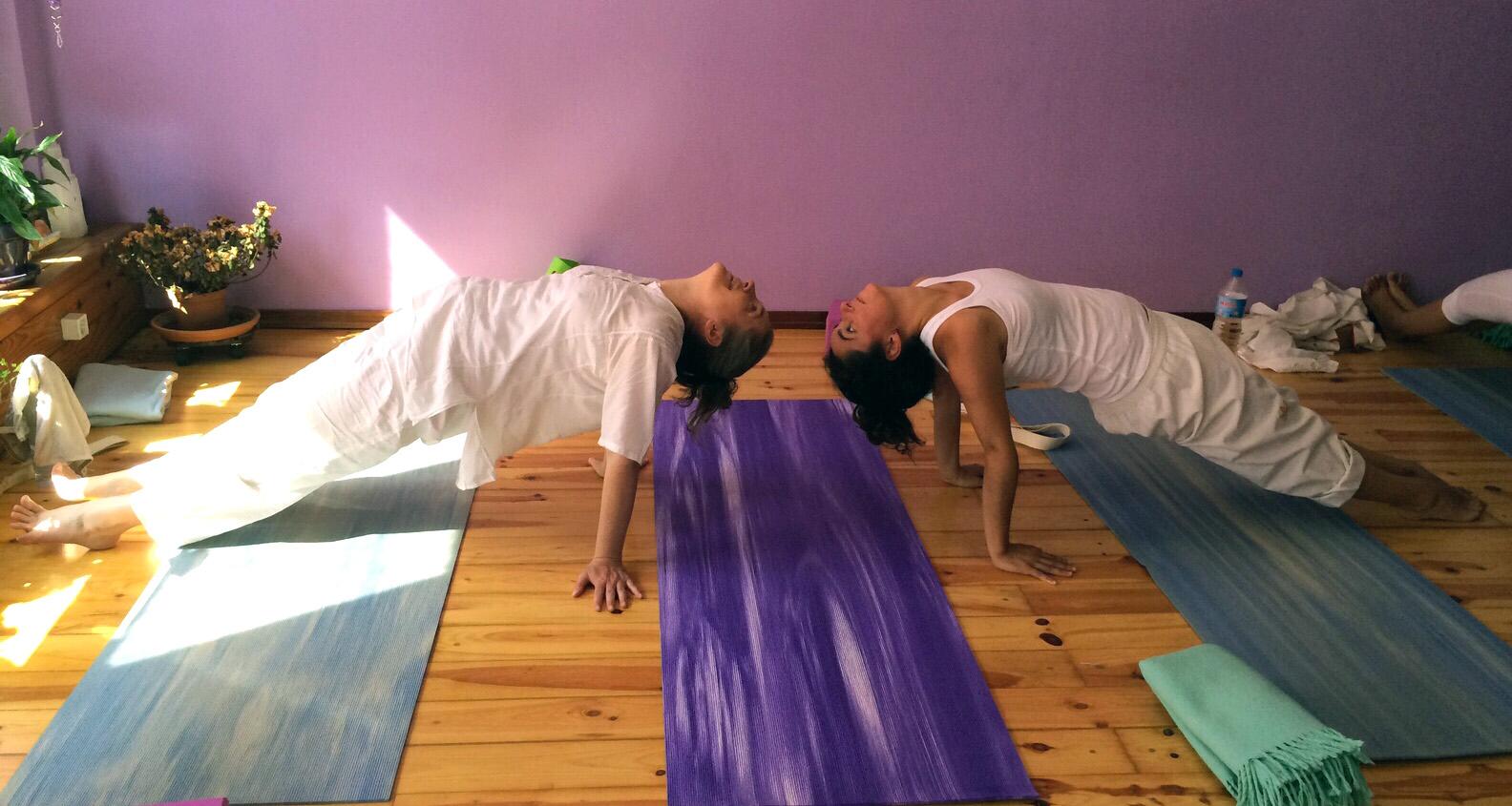 postura de yoga barcelona