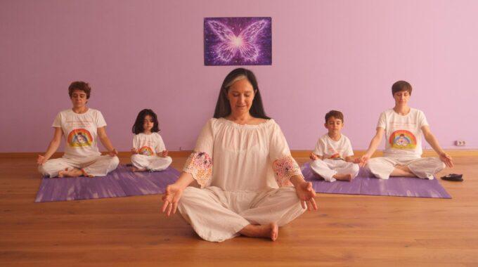 ¡Suryakiranam Yoga Para Niños Estrena Canal De YouTube!